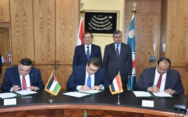 مصر توقع مع الأردن مذكرتين تفاهم في مجال الغاز الطبيعي