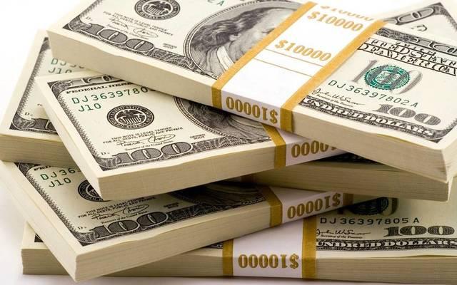 الدولار يتحول للخسائر بعد بيانات التضخم الأمريكي
