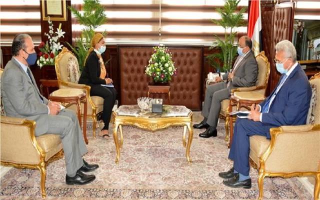 """مصر تبحث توسيع دعم """"الأغذية العالمي"""" للمزارعين"""