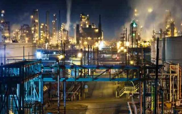 """""""بترورابغ"""" تهبط بأرباح قطاع الطاقة لـ350 مليون ريال بالربع الثالث"""
