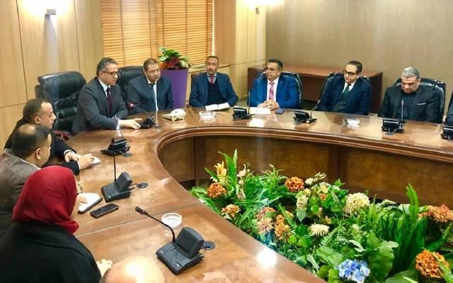 اجتماع وزير السياحة والآثار خالد العناني مع قيادات الهيئة العامة للتنمية السياحية