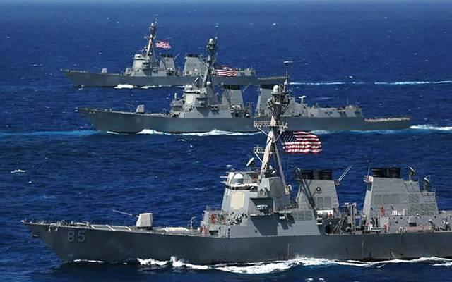 واشنطن تحذر من الاقتراب لمسافة 100 متر من سفنها الحربية