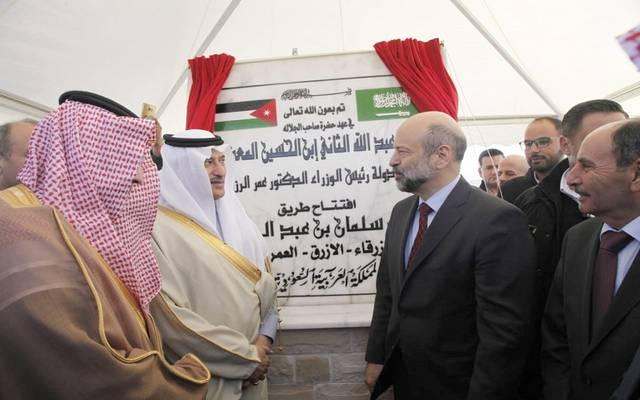 الرزاز يفتتح طريق الملك سلمان في الأردن بتكلفة 200 مليون دينار