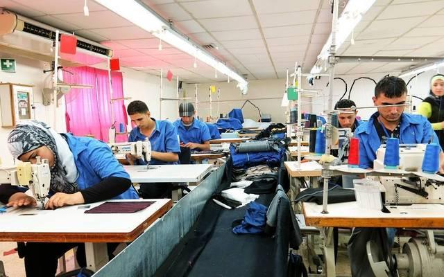 أحد مصانع الملابس