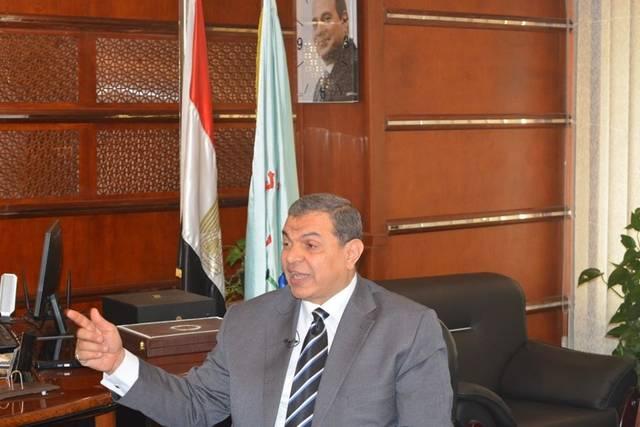 """القوى العاملة بمصر تشغل نظام الأتمتة الجديد """"تجريباً"""" وتسعى لحصر العمالة بالخارج"""