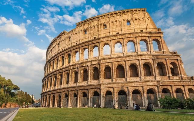 الشعبويون في إيطاليا يستهدفون احتياطيات الذهب عبر تشريع قانوني