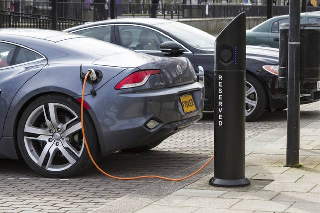 UK to invest $36m in electric car battery research