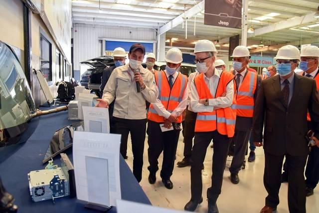 رئيس العربية للتصنيع يبحث مع سفير اليابان بالقاهرة توطين التكنولوجيا في الصناعة