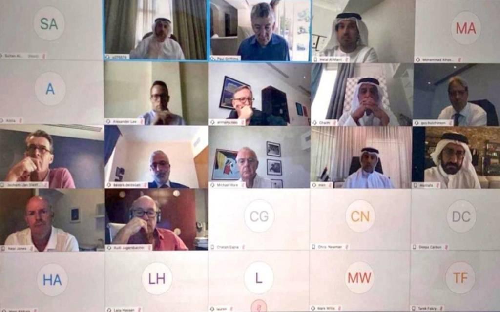 دبي للسياحة تناقش مع شركائها ترتيبات العودة التدريجية لنشاطي الضيافة والسفر