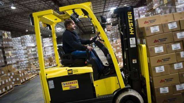 US business inventories stabilises in March