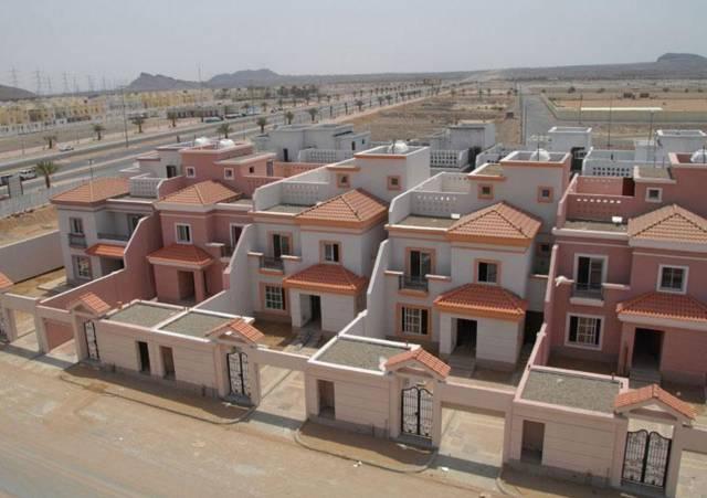 وزير الإسكان السعودي يشدد على الإسراع بتنفيذ المشاريع السكنية