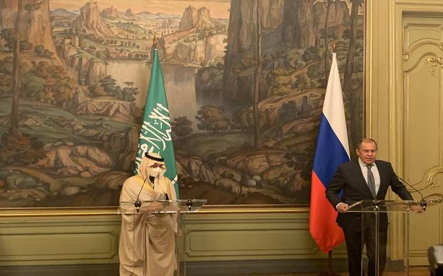 وزير الخارجية السعودي، الأمير فيصل بن فرحان، في مؤتمر صحفي مع نظيره الروسي، سيرجي لافروف، في موسكو