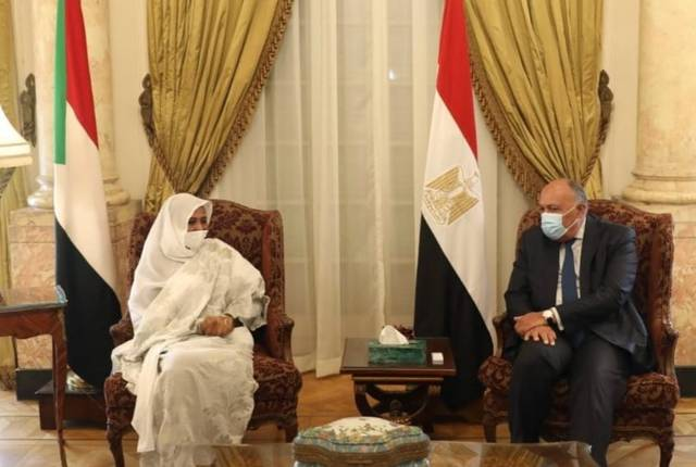 مصر والسودان تؤكدان أهمية التوصل لاتفاق ملزم بشأن ملء وتشغيل سد النهضة