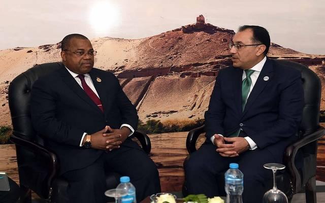 خلال لقاء رئيس مجلس الوزراء المصري، مع رئيس الوزراء الجابوني