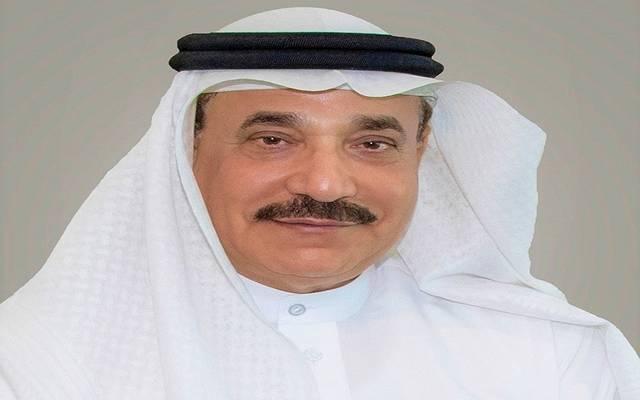 وزير العمل البحريني يستعرض عددا من المشاريع ويحدد موعد إنجازها