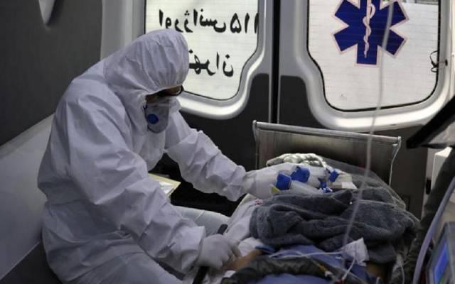 نقل مصاب بفيروس كورونا لإحدى المستشفيات ـ أرشيفية