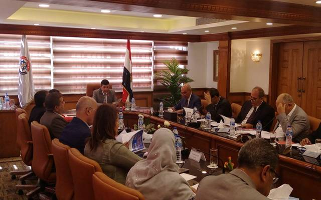 جانب من اجتماع الجمعية العامة برئاسة رئيس القابضة للنقل