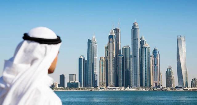 تقرير: الاقتصاد الإماراتي يتعافى في مايو مع تخفيف قيود الإغلاق