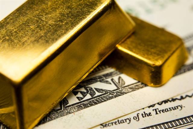 Gold retreats from 1M high on US-China trade optimism