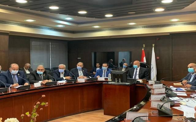 الحكومة المصرية تبحث نقل المرافق المتعارضة مع أعمال تطوير الطريق الدائري