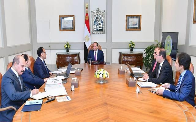 خلال لقاء الرئيس السيسي مع رئيس مجلس الوزراء ووزير المالية ومحافظ المركزي