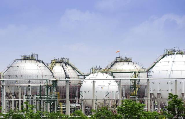 US natural gas storage builds up as prices jump