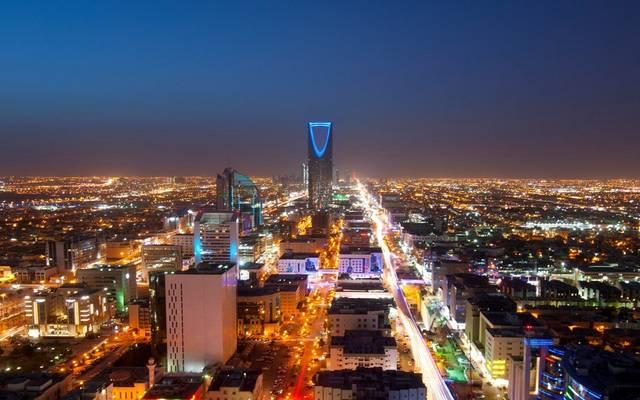 دراسة: تسارع نمو القطاع غير النفطي بالسعودية في أبريل