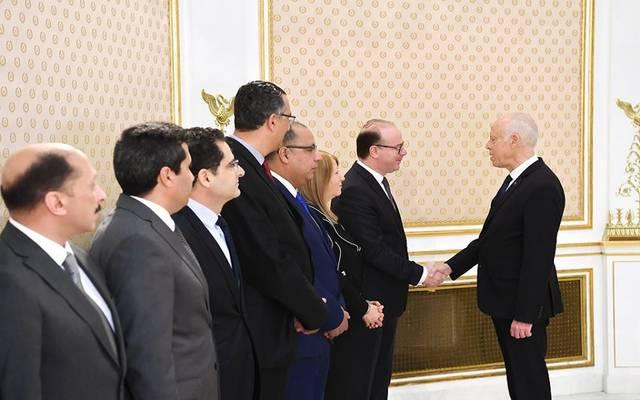 الرئيس التونسي في أول اجتماع للحكومة