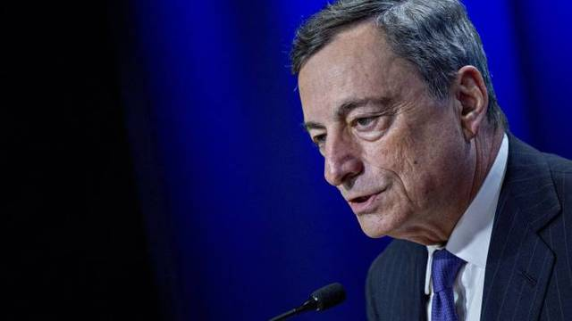 ECB boss 'worried' over Fed's independence